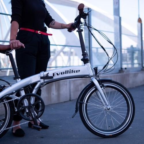 Elcykel EvoBike Travel Long Range 2021, Hopfällbar - Silver