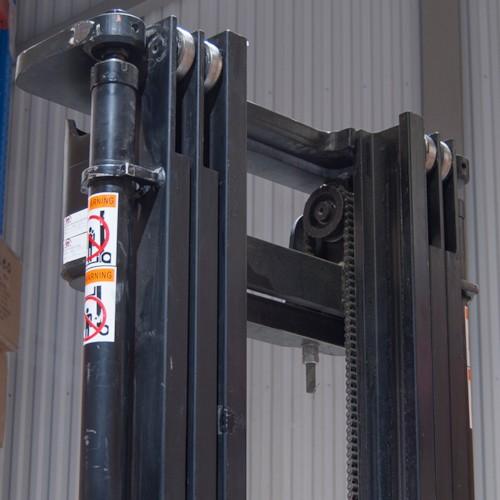 Elektrisk åkstaplare ELS-25 - Lyfthöjd 2.5M