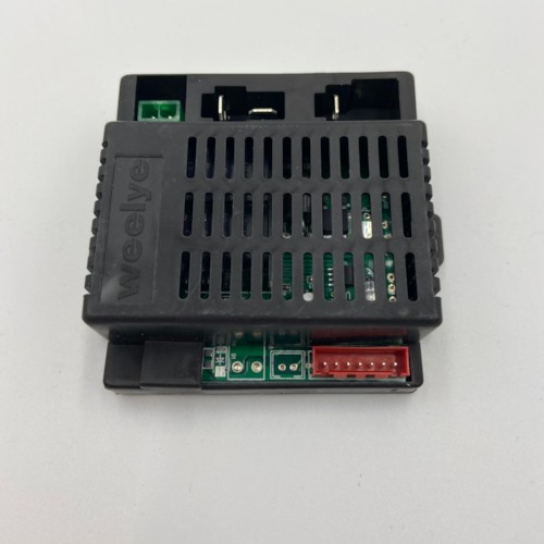 Elektronikbox till elbil Audi TT RS