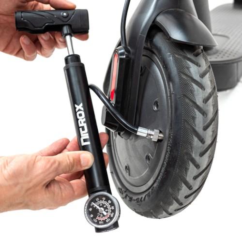 Minipump till elsparkcykel